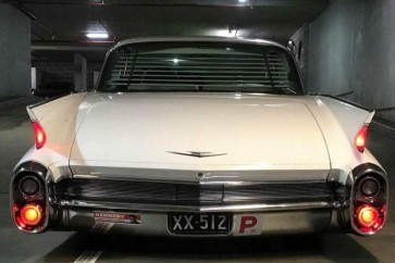 1959-1960 Cadillac Hardtop rear window venetian blinds