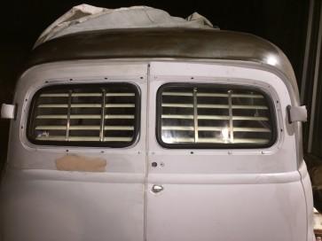 1949-1954 Suburban barn door (Chevy) rear venetian blinds